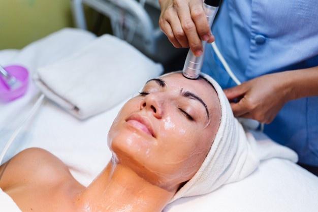 kozmetikus arctisztítás